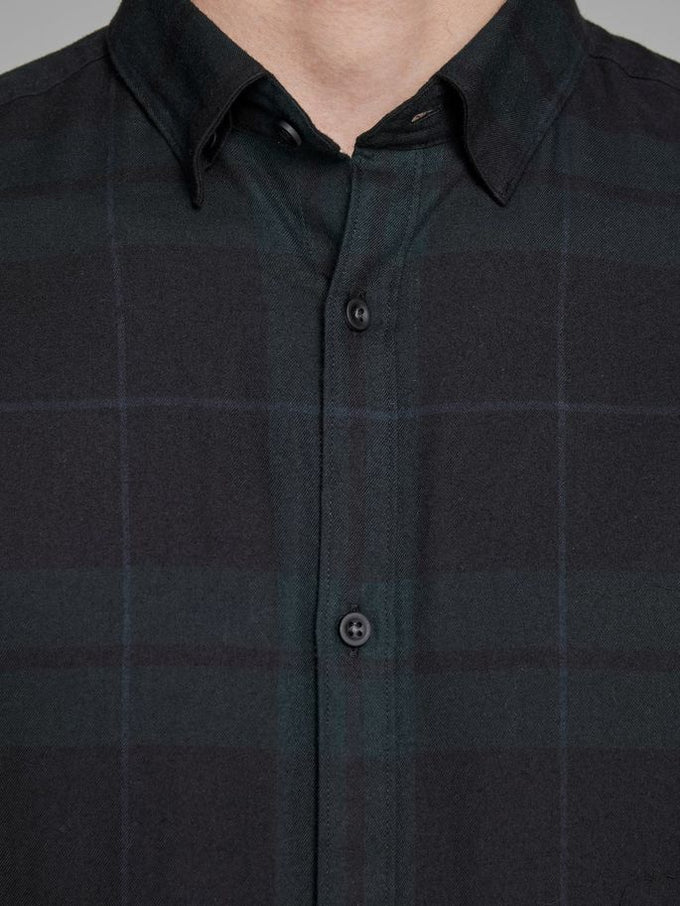 SLIM FIT CLASSIC CHECKERED SHIRT SCARAB