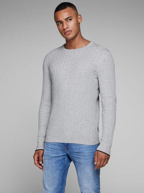 CABLE KNIT STRETCHY SWEATER