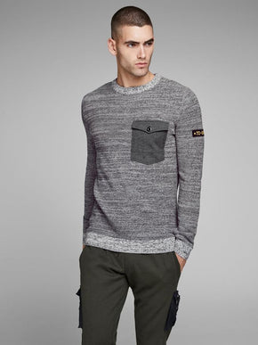 CORE POCKET SWEATER