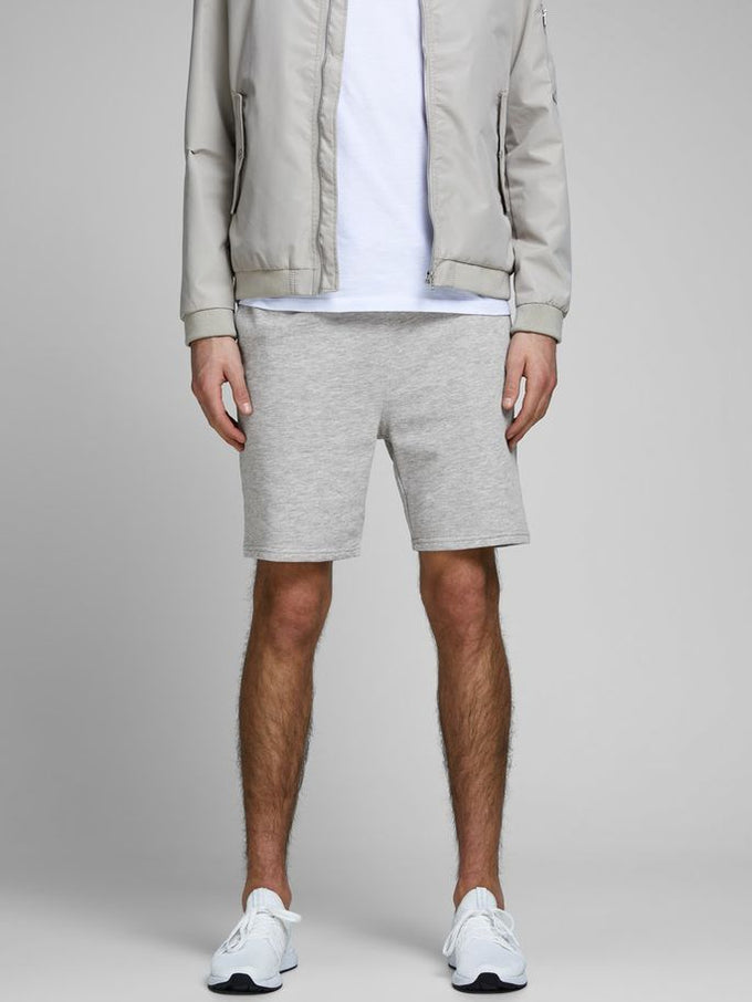 ESSENTIAL BASIC SWEAT SHORTS LIGHT GREY MELANGE