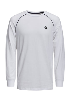 ATHLETIC STYLE LONG SLEEVE T-SHIRT