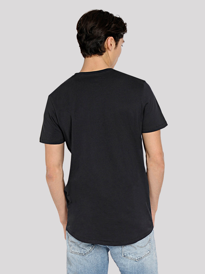 LONG CURVED T-SHIRT WITH POCKET TAP SHOE