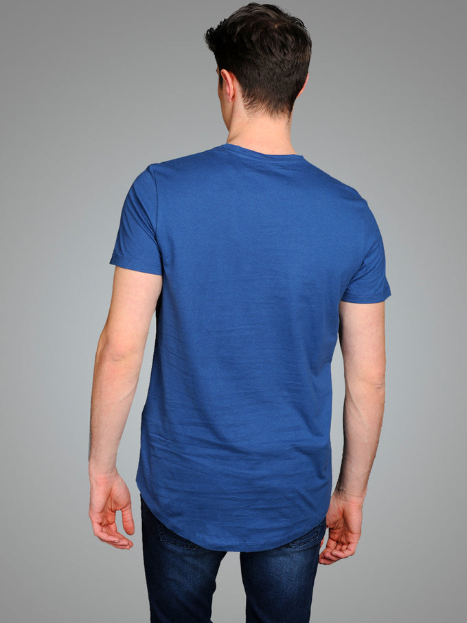 NOA LONG FIT CURVED T-SHIRT ENSIGN BLUE