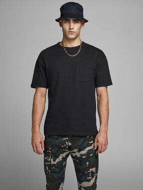 OVERSIZE POCKET T-SHIRT
