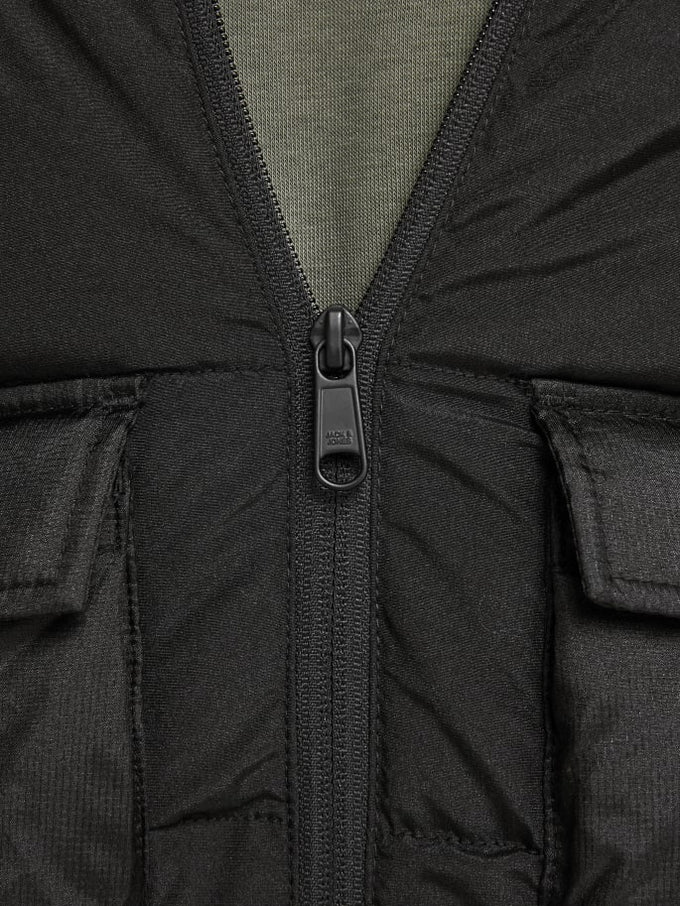 WATER-REPELLENT ADVENTURE JACKET BLACK