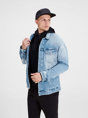 VESTE EN DENIM À COUPE AMPLE AU LOOK USÉ