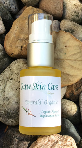 Emerald Organic 1oz. Moisture Serum for Nutrient Moisture Replacement