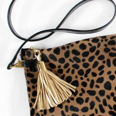 Large Alison paired with Gold round tassel