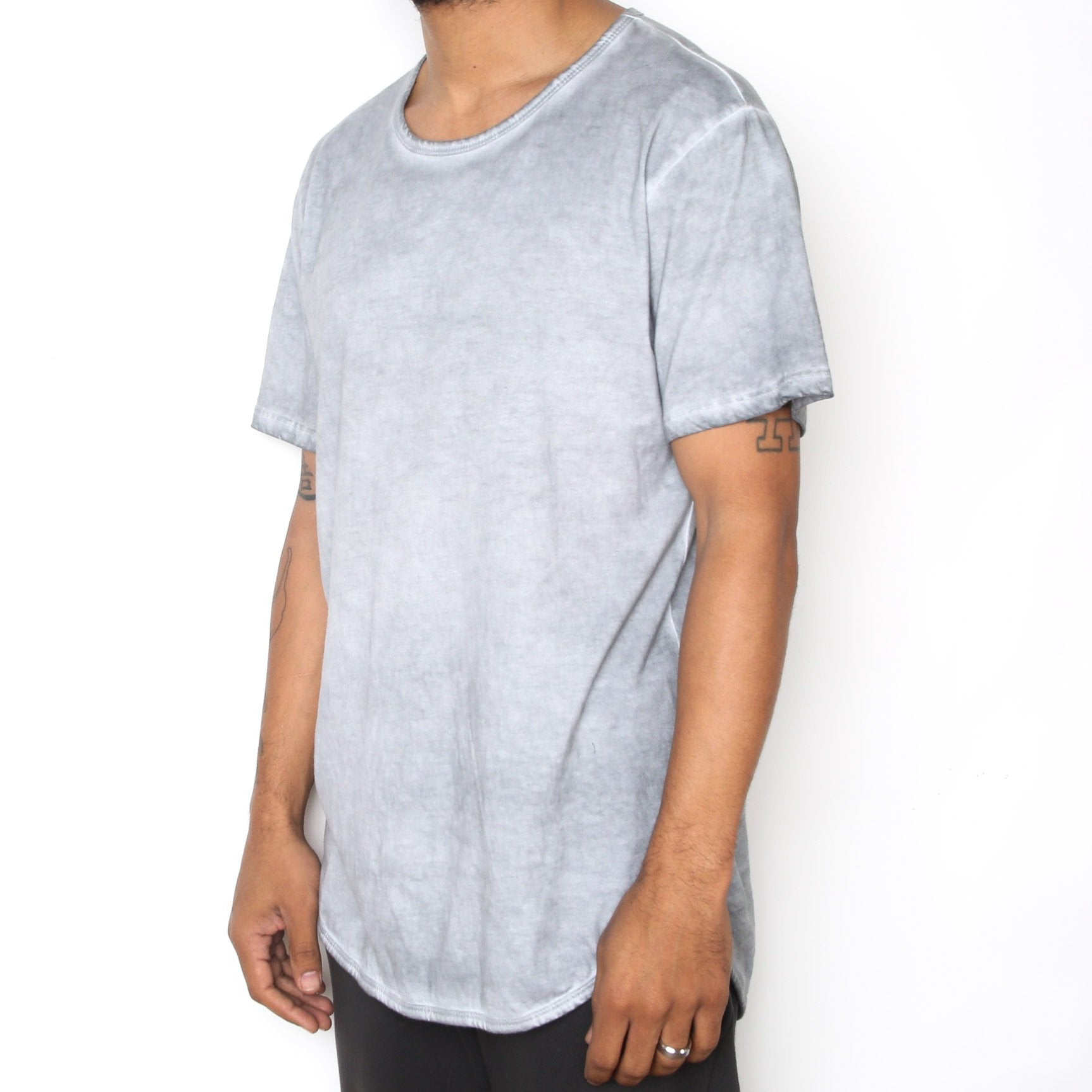 OIL WASH SCALLOP TEE- GREY - mroutfit