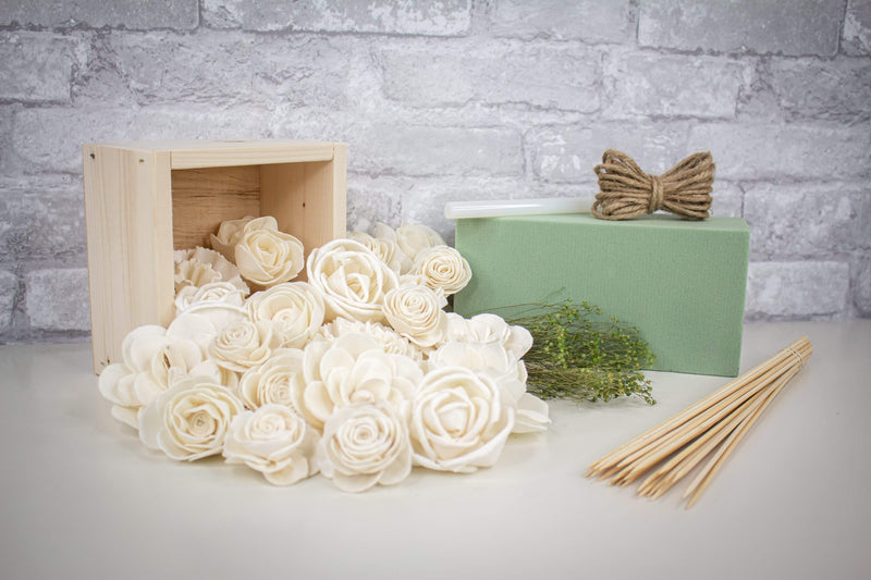 Sola Wood Flowers Craft Kit ZZZ-Square Centerpiece Craft Kit