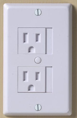 3 Universal Outlet Covers by KidCo