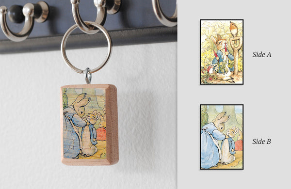 Literary Keychain: Peter Rabbit (Beatrix Potter)