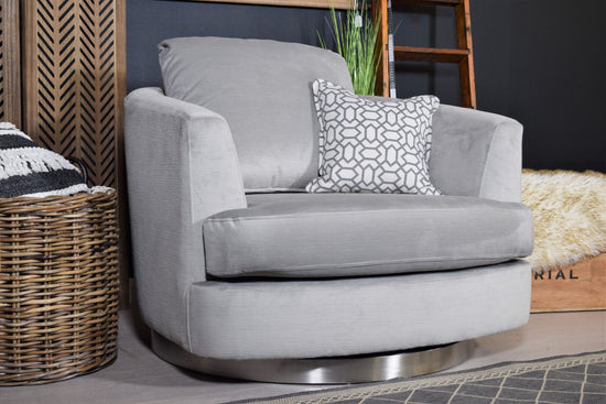 Alexis / Quantas Cuddle Chair - Silver / Lilac / Fitted Back