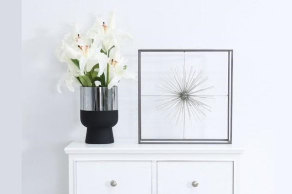 Starburst Decoration - Black / Silver