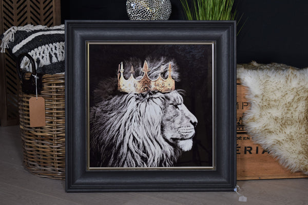 Crowned Lion wall art
