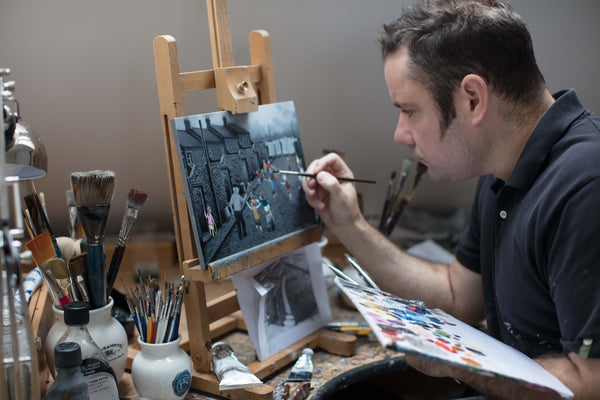 Meet The Artist Leigh Lambert