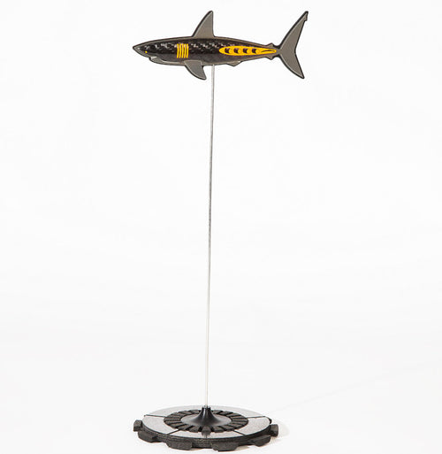 Clutched Mako Paperweight by Alastair Gibson/Carbon Art 45
