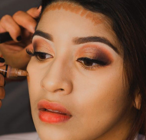 Benefits of contouring your face in makeup