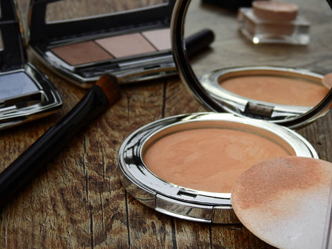 How to pick perfect foundation and brushes for perfect finishing
