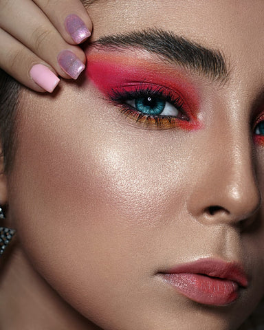 Avoid These Mistakes doing while doing Makeup