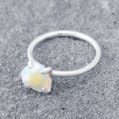 Piece of Earth - Opal Ring - 925 Silver