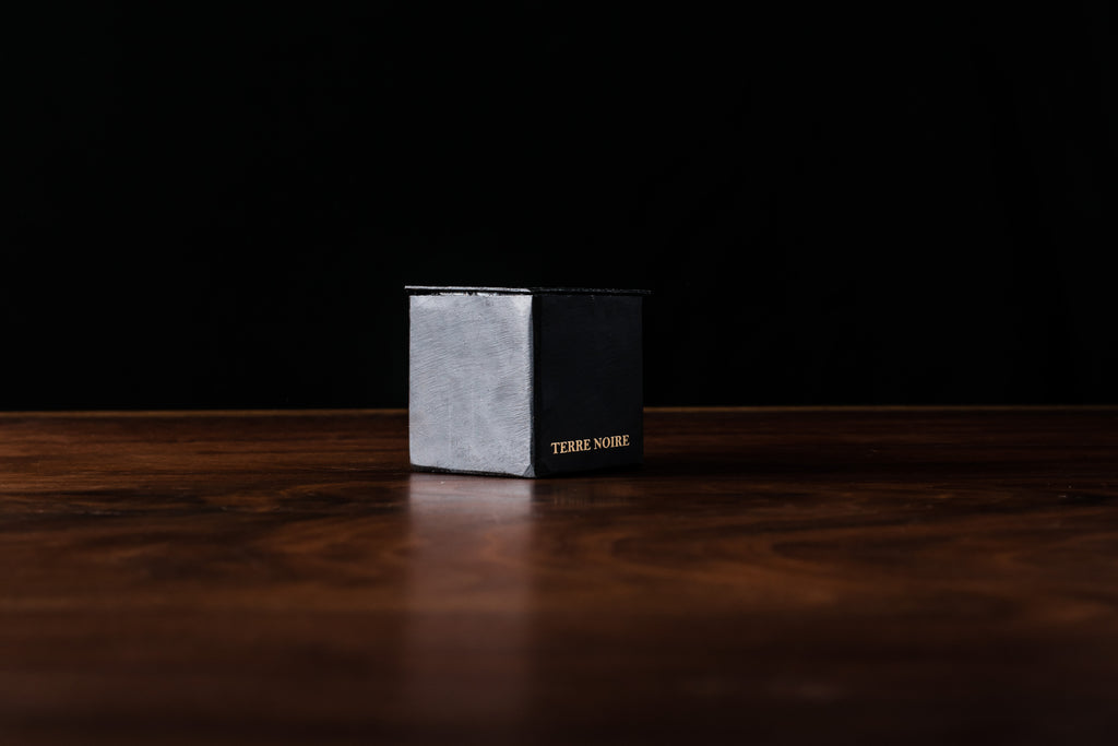 Mad et Len Black Block Mini Candle