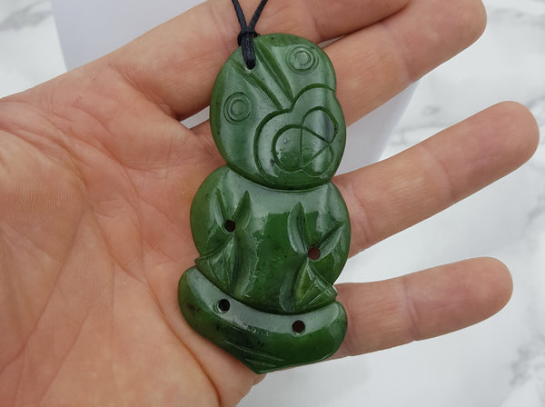 Greenstone / Pounamu (Nephrite Jade) Necklace - Earth's Treasures