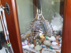 Necklace Cage / Spiral - Earth's Treasures