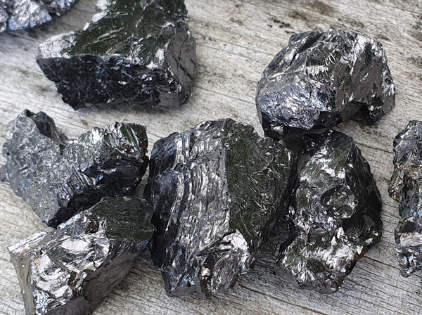 Shungite Elite Noble 6.6g pc - Earth's Treasures