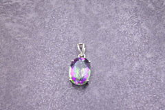 Mystic Topaz Pendant - Earth's Treasures