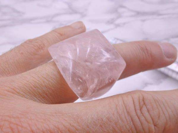 Rose Quartz Crystal Ring - Earth's Treasures