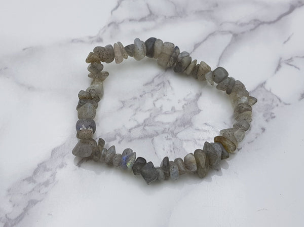 Labradorite Chip Braclet - Earth's Treasures