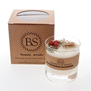 Large Scented Soy Wax  Candle With Red Berries In Glass Container