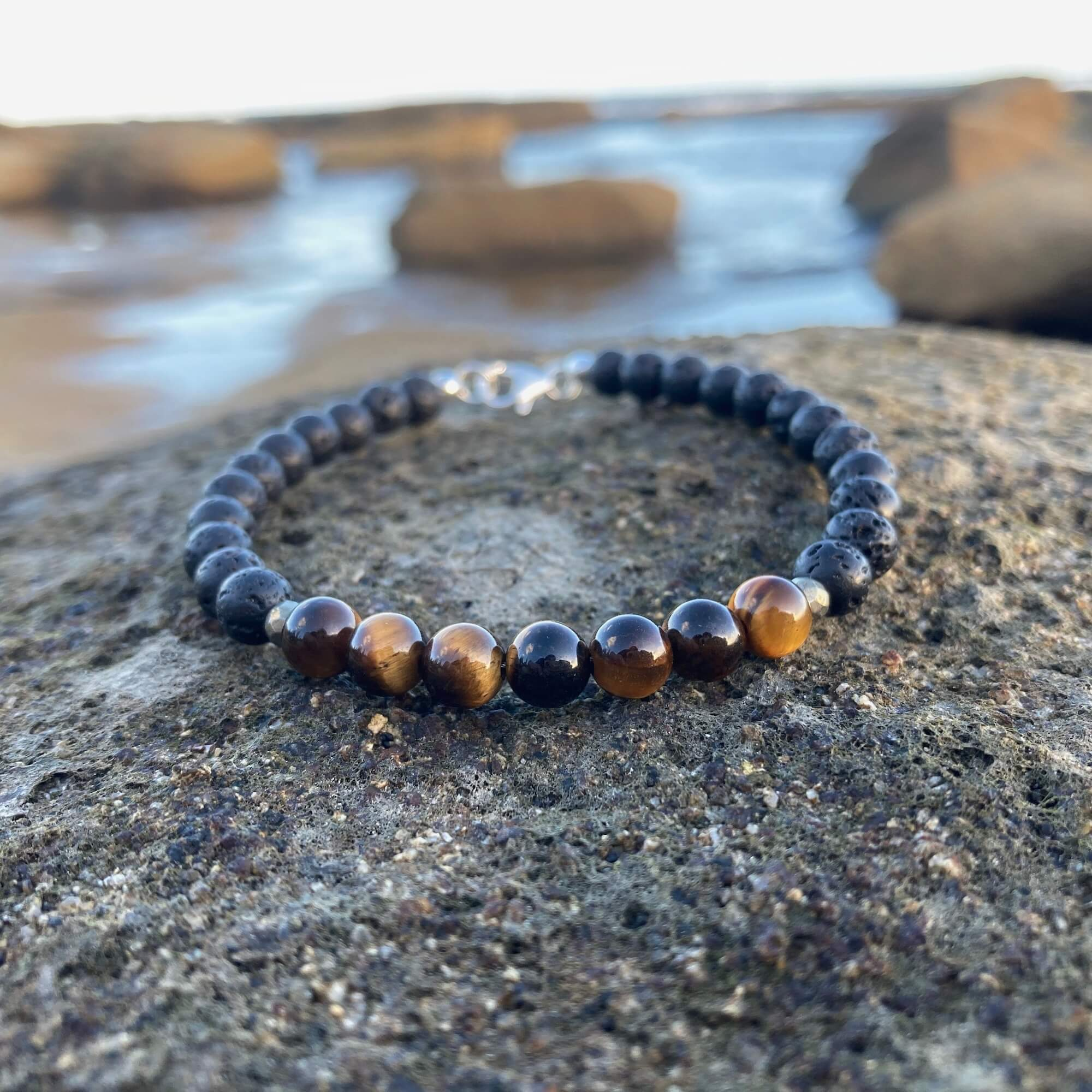 Mens Tigers Eye healing Bracelet