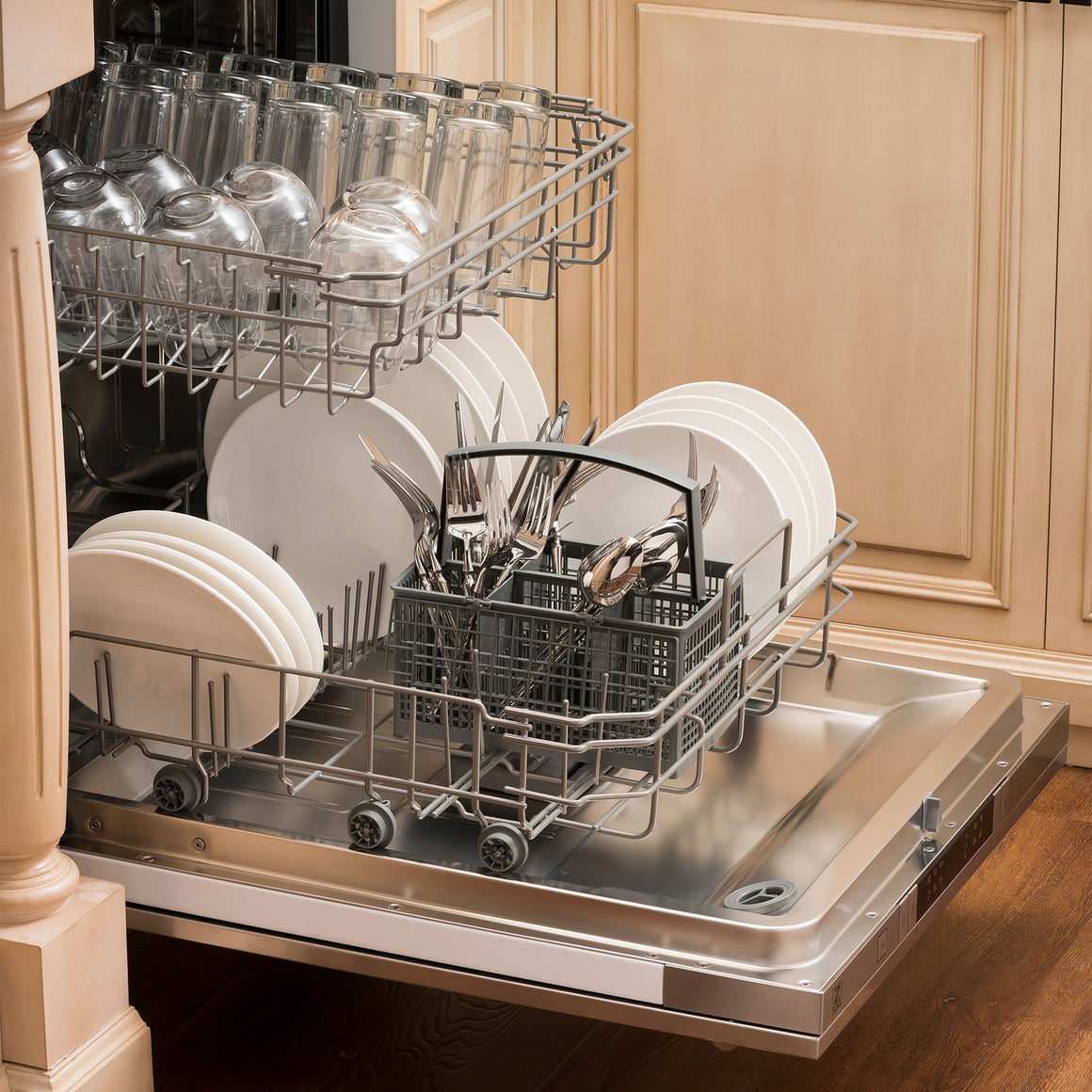 "ZLINE 24"" Top Control Dishwasher, Stainless Tub, DW-304-H-24"