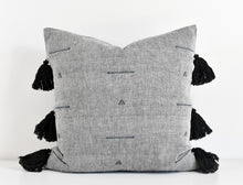 Topi Pillow