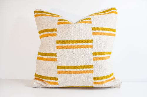 Oviya Pillow - Gold