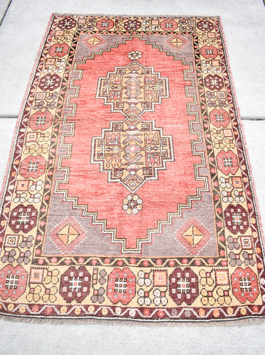 Vintage Turkish Rug - 6'2
