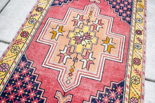 "Vintage Turkish Rug - 3'7"" x 5'10"""