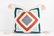 Amara Pillow No. 1