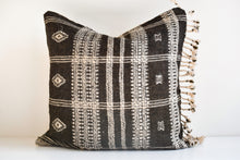 Indian Bhujodi Pillow - Earth