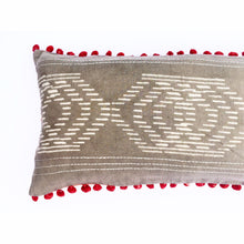 Shaama Pillow