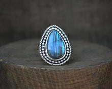 In the Forest Ring // Labradorite // Size 7.25