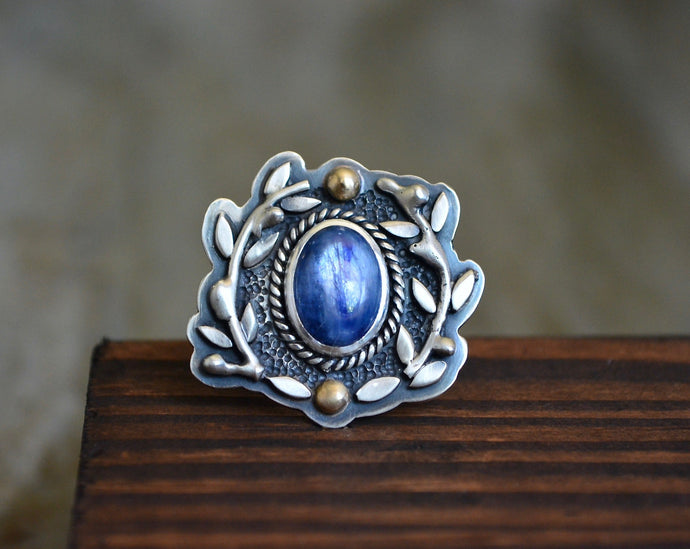 Kyanite Olive Branch Ring // Size 8