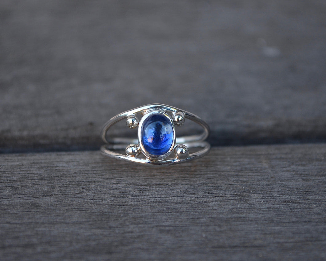 Four Points Ring Kyanite // Size 8.5