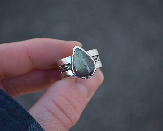 Labradorite Braided Wide Band Ring // Size 7