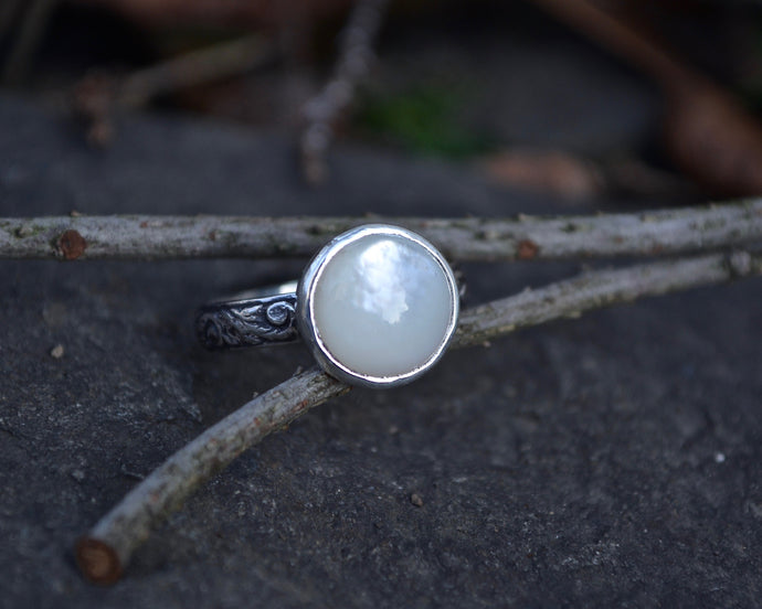 Sale-Mother Of Pearl Ring // Size 6.5