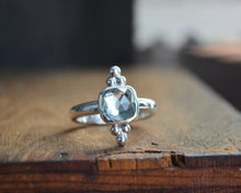 Green Amethyst Trilogy Ring // Size 7.75