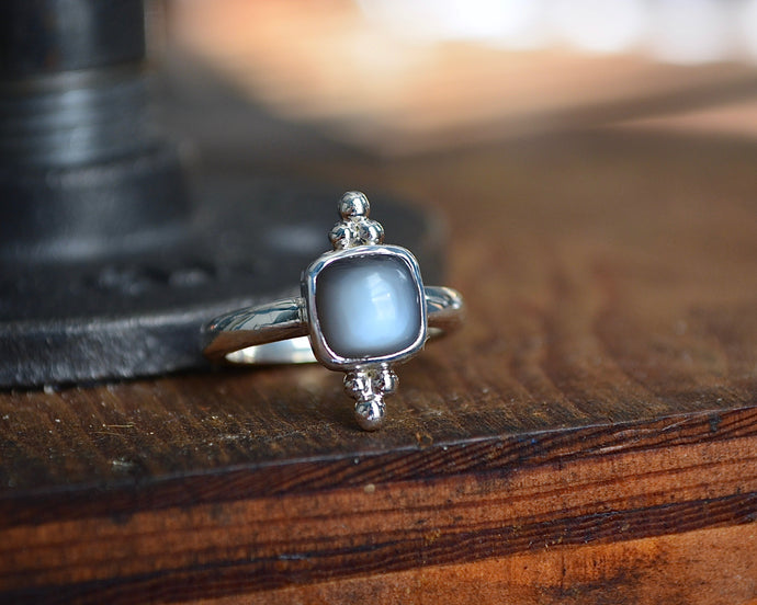 Grey Moonstone Trilogy Ring // Size 7.25