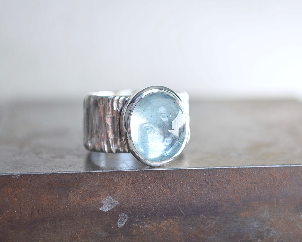 Aquamarine Bark Band Ring // Size 6.25